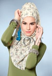 Hijab ZOYA KERUDUNG-TEA-FLOWER. violet