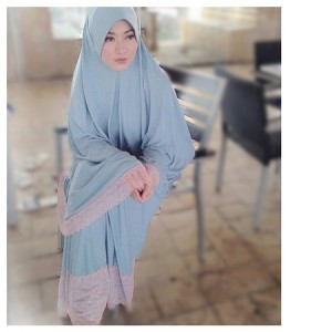 Hijab ala lyra virna 1