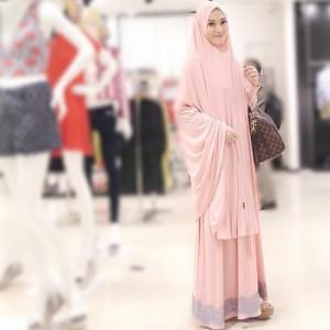 Hijab ala lyra virna 4